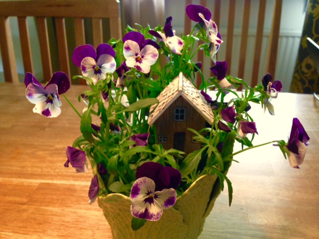 hus i blommor
